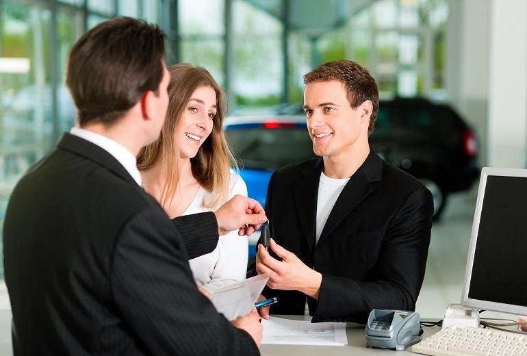 Wypożyczalnia aut, czyli nowa jakość na rynku usług transportowych