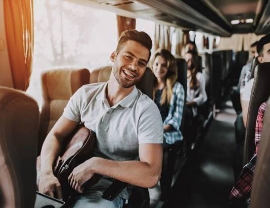 Jak zorganizować transport busem z Polski do Niemiec?