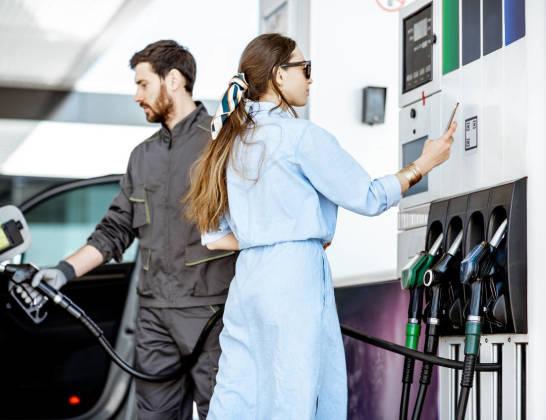 Czy dystrybutory paliw wymagają legalizacji?