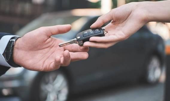 Zakup czy leasing samochodu - co się bardziej opłaca?