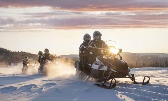 Elementy wyposażenia skutera śnieżnego